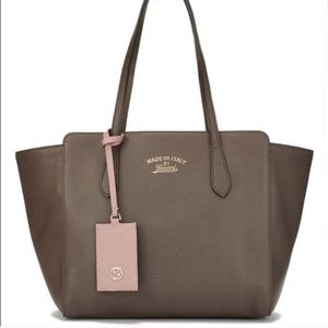 GUCCI | Taupe Swing Tote, Authentic